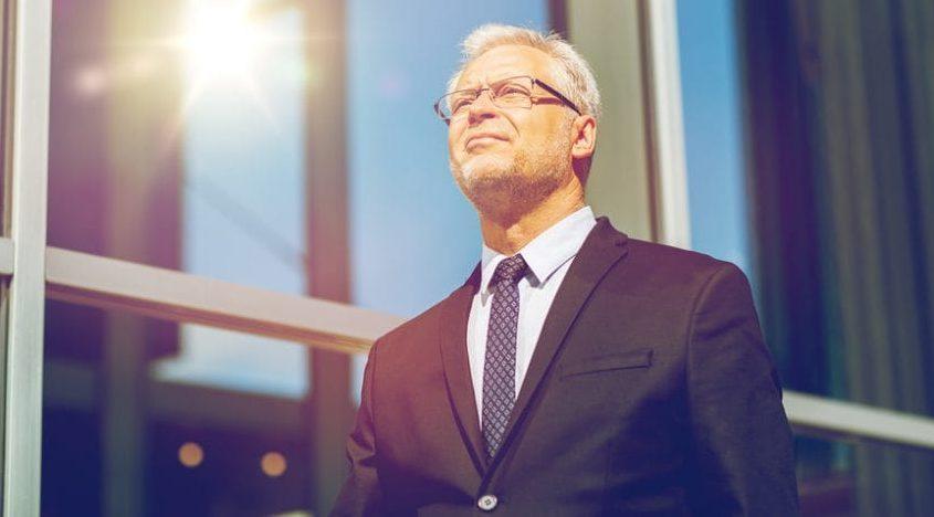 Как уволить материально-ответственного пенсионера