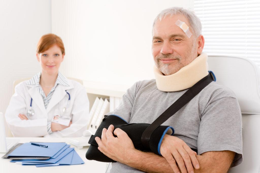 Нюансы оплаты больничного листа пенсионерам