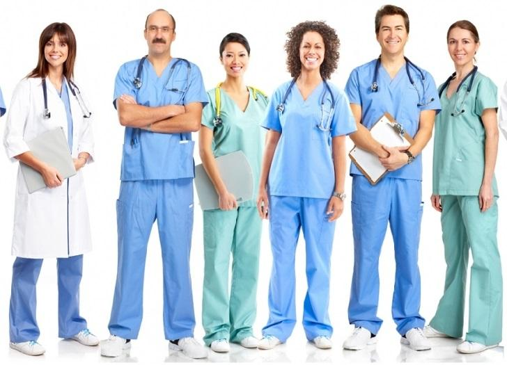 Пенсия по выслуге лет медикам: кому назначается