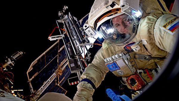 сколько пенсия космонавтам