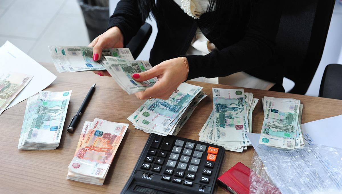 Доплата при перерасчете пенсии работающим пенсионерам будет: условия получения