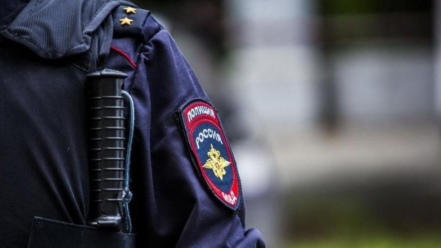 Сколько окладов выплачивают при выходе на пенсию сотрудникам полиции: как оформить