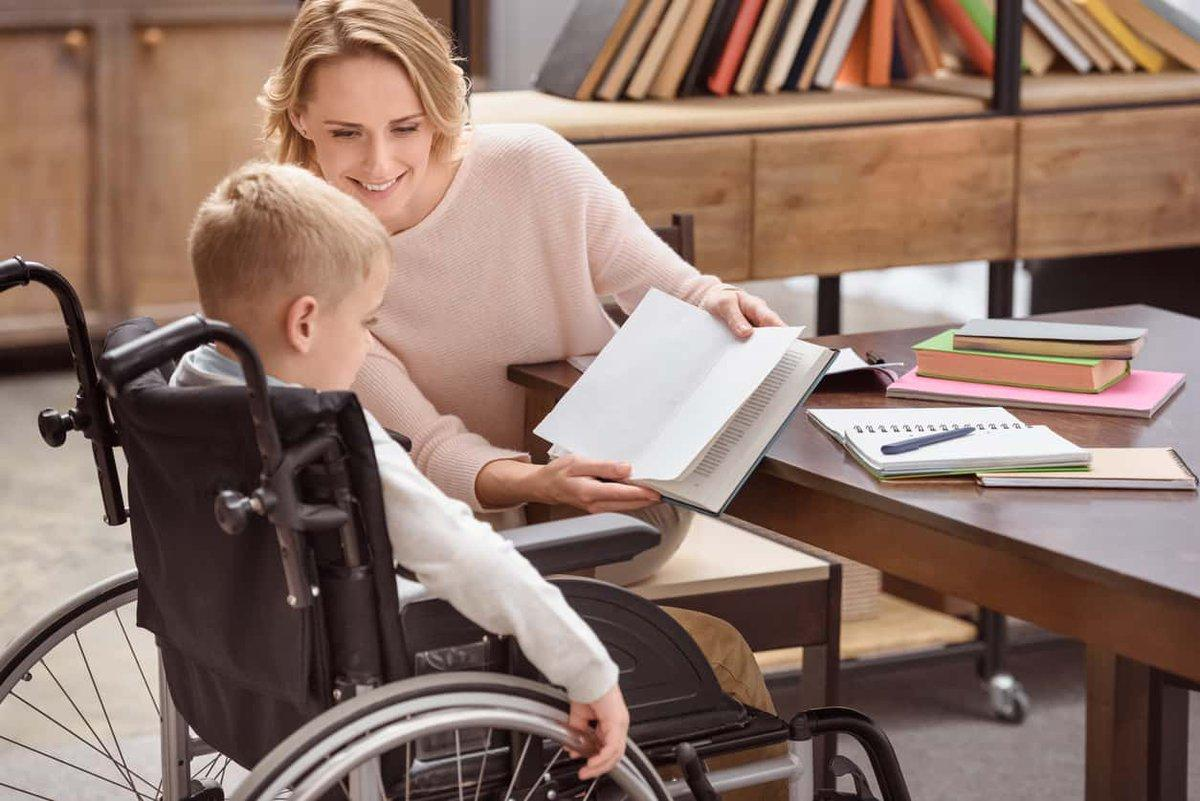 Добавки к пенсии детям инвалидам: размер