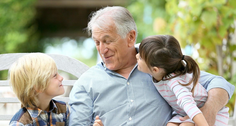 Доплата к пенсии за инвалидность: правила назначения