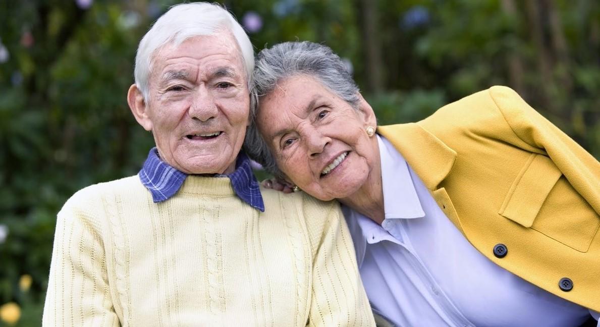 Доплата к пенсии на иждивенца: кому положена