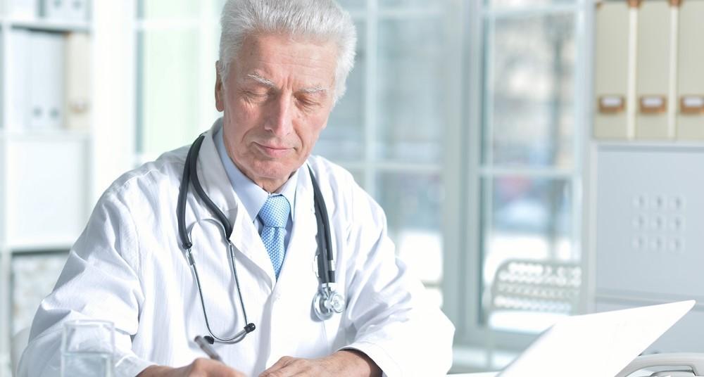 Пенсия медикам: новые правила
